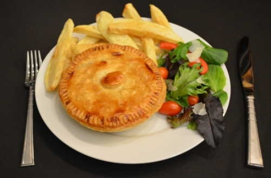 Picture of Chicken and Mushroom Pie